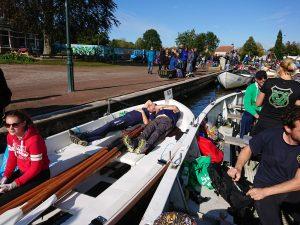 Impressie van sloeproeiwedstrijd Langweer 2019